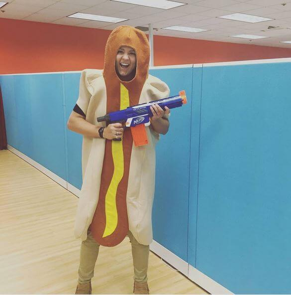 Fun.com HR Loves Hot Dogs
