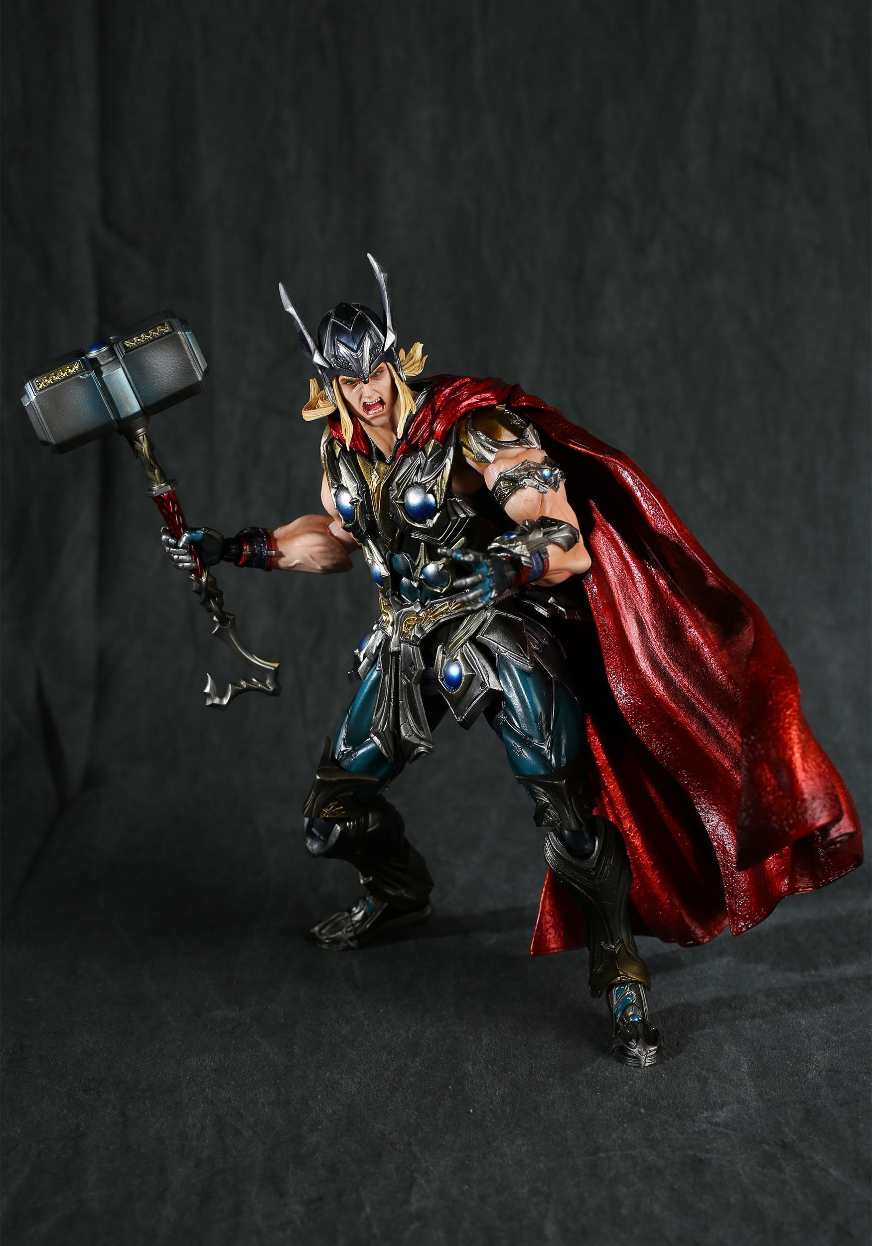 SQUARE ENIX PLAY ARTS KAI THOR MARVEL UNIVERSE FIGURE