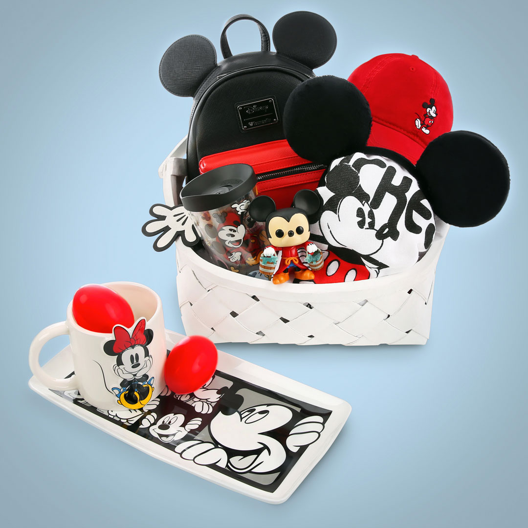 Minnie and Mickey Mouse Easter Basket