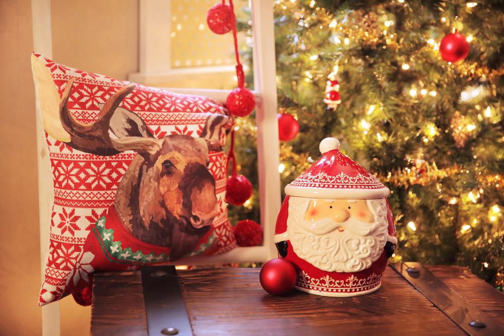 Christmas Santa Cookie Jar