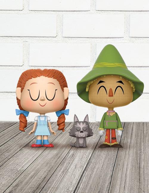 Vynl Wizard of Oz Dorothy Toto Scarecrow Vinyl Figures