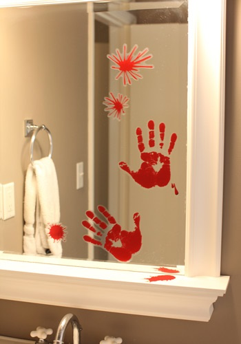 Bloody Horror Handprint Decor
