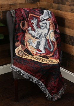 Harry Potter: Gryffindor Crest Tapestry Throw Update