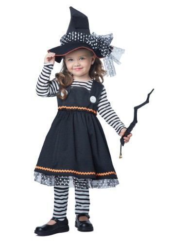 Crafty Little Witch Costume for Toddlers