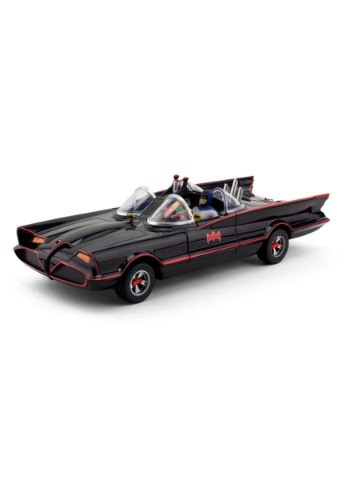 Batmobile w/ Bendable Figures