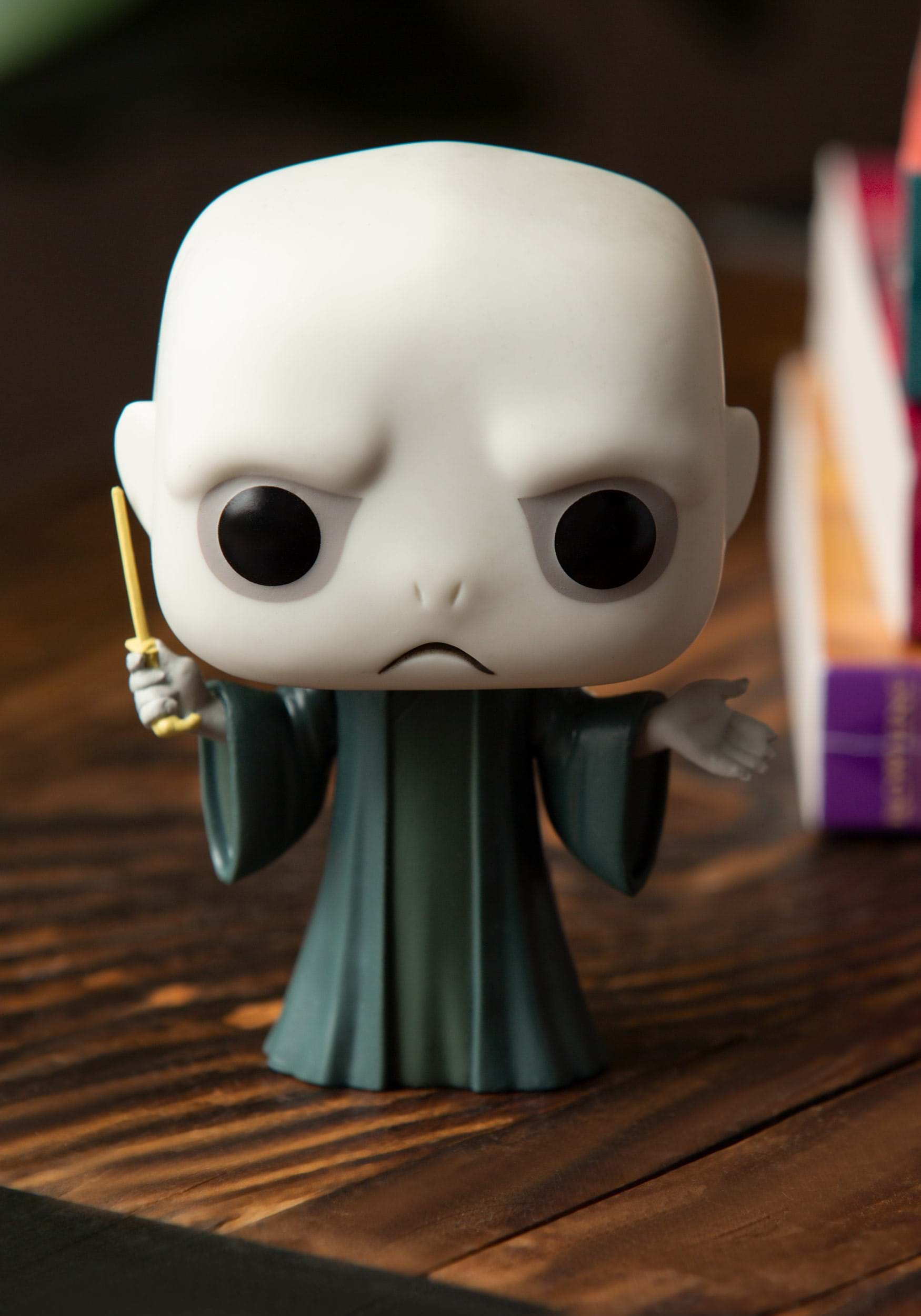 POP! Harry Potter Lord Voldemort Vinyl Figure FN5861