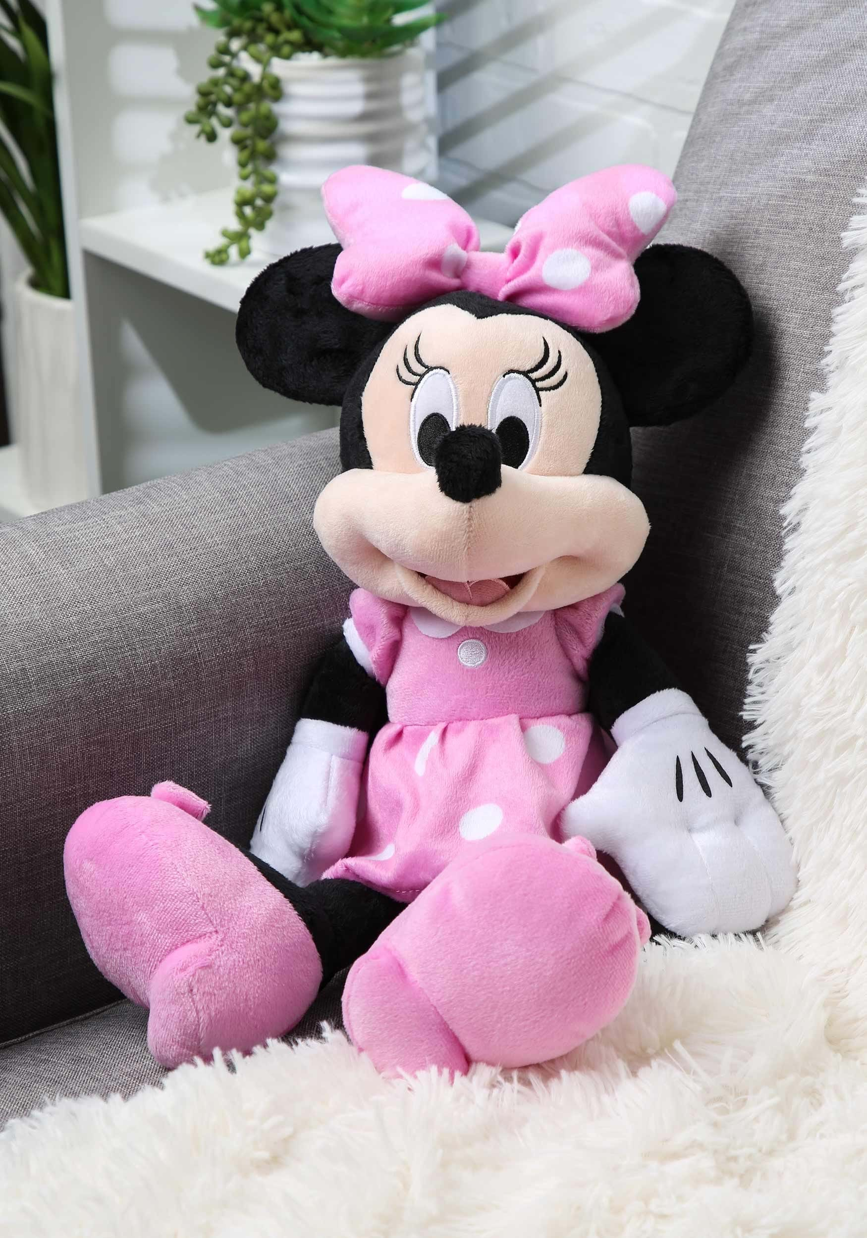 """Minnie Mouse 18"""" Stuffed Toy"""