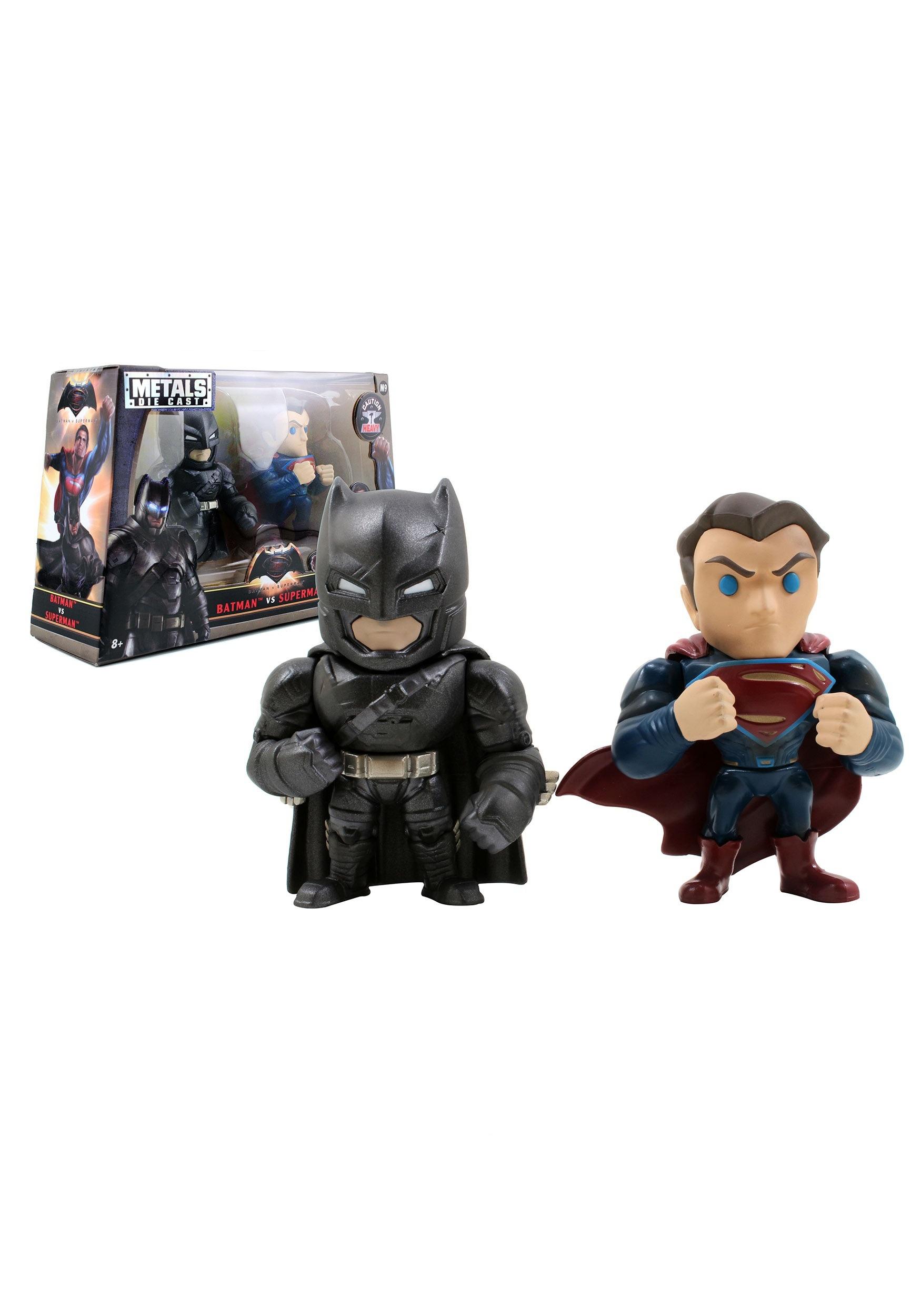 "Batman v Superman 4"" Superman & Armored Batman Twin Pack JD97394"