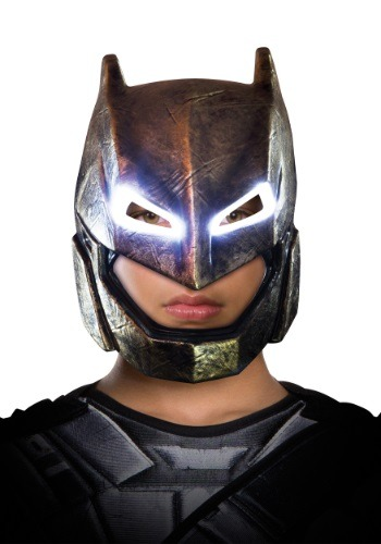 Child DC Dawn of Justice Light-Up Armored Batman Mask RU32687