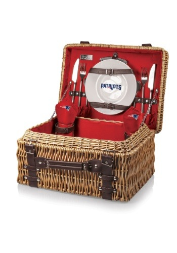 NFL New England Patriots Champion Picnic Basket