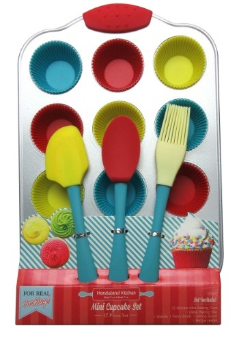 Handstand Kitchen 17 Piece Mini Cupcake Baking Set