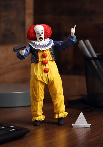 """IT: Pennywise 1990 7"""" Scale Action Figure Update"""