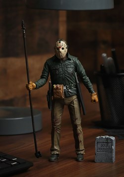 Friday the 13th Part VI: Jason Lives Scale Action Figure