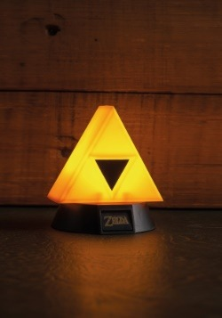 Zelda Tri-Force 3D Light alt 3