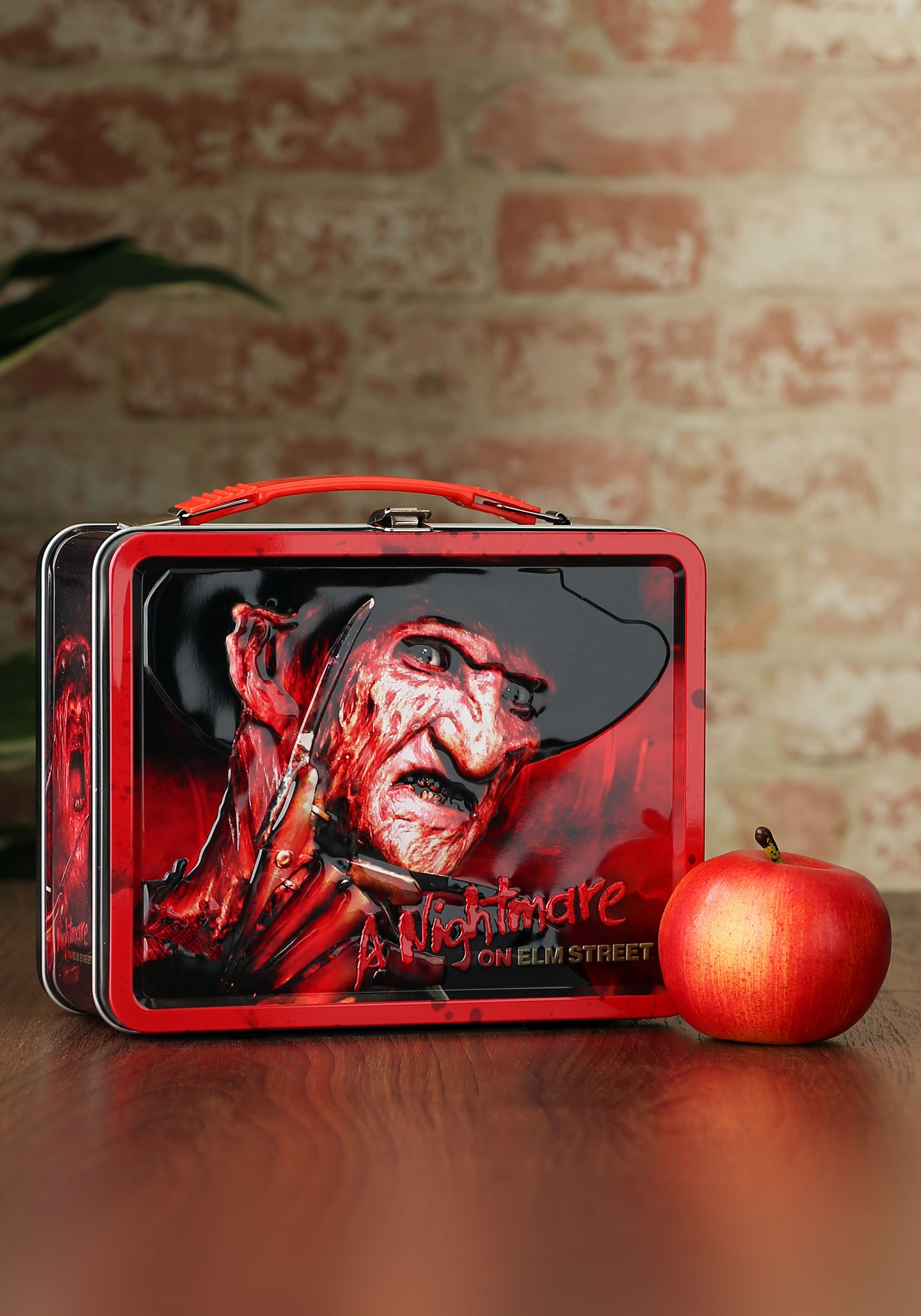 61c7fde13ed Freddy Krueger Nightmare on Elm Street Metal Lunch Box