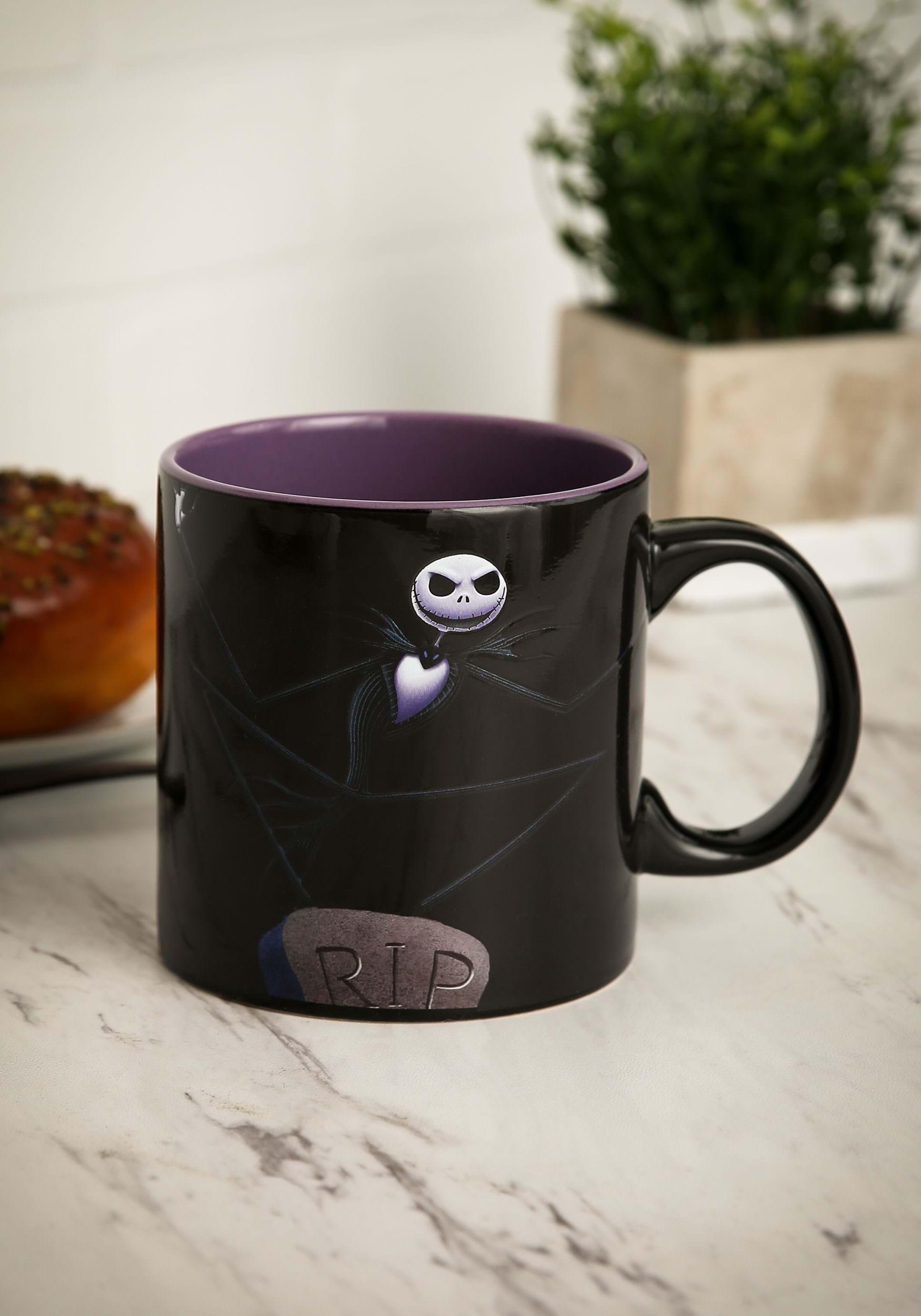 Nightmare Before Christmas Coffee Mug.Nightmare Before Christmas Graveyard 20 Oz Heat Reveal Mug