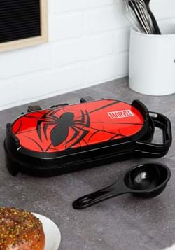 Spiderman Flip Pancake Maker1