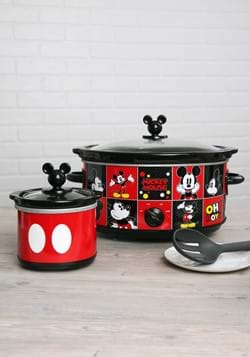 Mickey Mouse 5 QT Slow Cooker w/ Dipper1