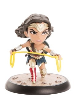 Wonder Woman Justice League Q Fig 3 Figurine