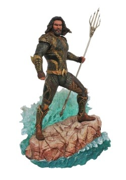 Justice League Gallery Aquaman PVC Statue