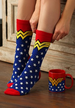 Wonder Woman Mug Socks Set Update