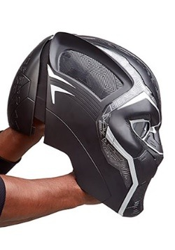 Marvel Legends Series Black Panther Electronic Helmet Alt1