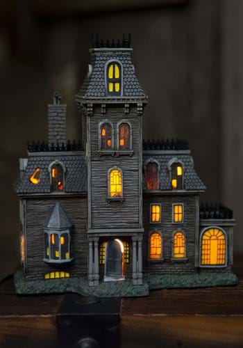The Addams Family House Lighted Building Main UPD 2