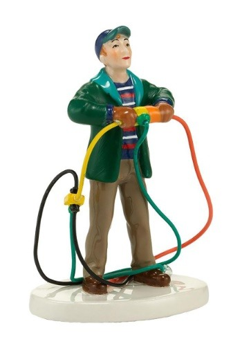 Department 56 Christmas Vacation Fire it Up Dad Figurine