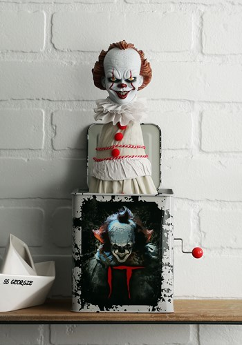 IT Pennywise Burst a Box