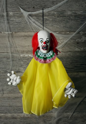 IT: Pennywise Hanger Prop Decor Update