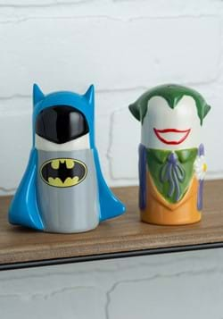 Batman vs Joker Salt & Pepper Shakers