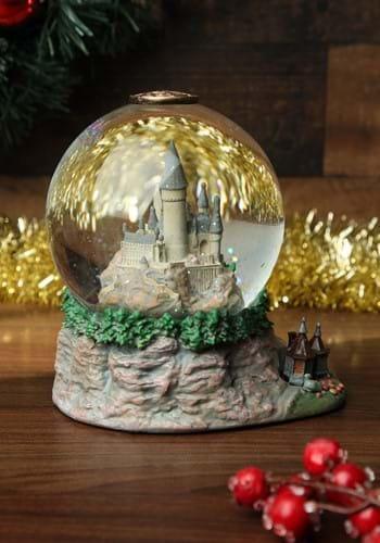 Hogwarts Castle Snow Globe-update