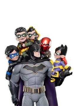 Quantum Mechanix Batman Family Q-Master Statue Alt 3
