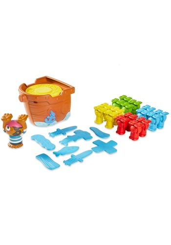 Pile Up Pirates Game from TOMY