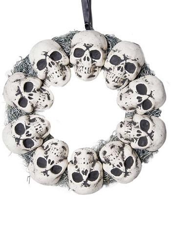 Circle of Skulls Wreath Decoration