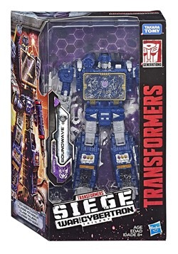 Transformers Generations Siege Voyager Soundwave Figure