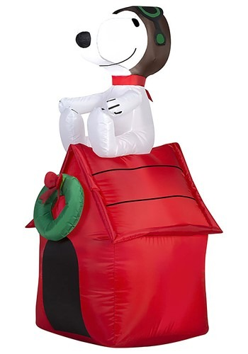 Peanuts Inflatable Snoopy on Doghouse Decoration