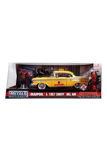 Deadpool Taxi 1:24 Vehicle w/ Figure
