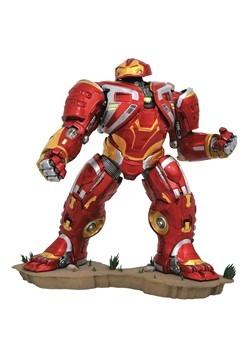 Deluxe Marvel Gallery Avengers 3 Hulkbuster PVC Figure