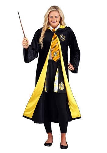 Adult Harry Potter Deluxe Hufflepuff Robe Costume1