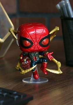 Pop Marvel Endgame Iron Spider w Nano Gauntlet upd