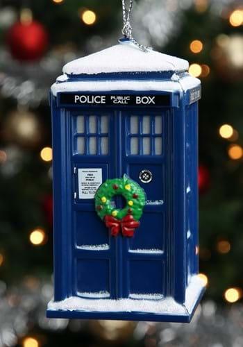 Doctor Who Tardis w/ Wreath & Light Effect Ornament