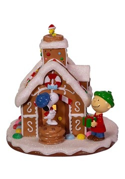 Peanuts Gingerbread House Tablepiece