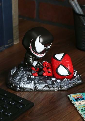 Pop Marvel Spider Man vs Venom Comic Moment Figure 2Pack-1