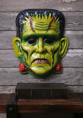 Cranky Frankie Ghoulsville Classics Wall Décor Main UPD