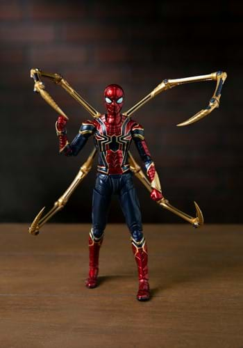 Avengers Endgame Iron Spider Final Battle Edition SH Figure