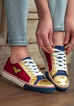 Wonder Woman Womens Shoe-update