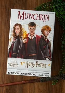 MUNCHKIN: Harry Potter Board Game