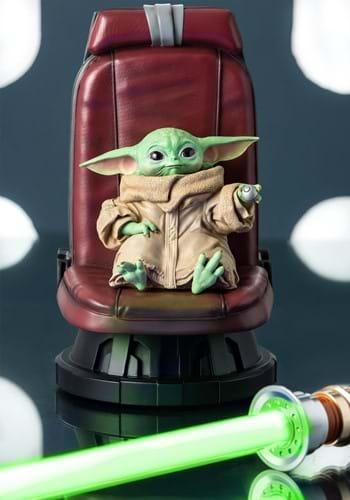 Star Wars The Mandalorian Child in Chair Statue-Update