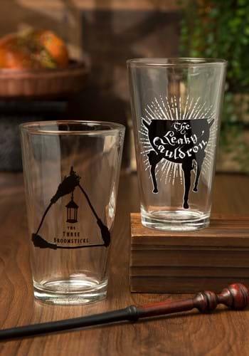 HP Leaky Cauldron Three Broomsticks Pint Glass Set UPD